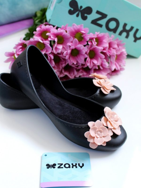 Zaxy Ballerinas with Flowers